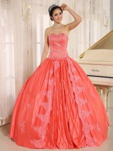 Sacaba City Embroiery With Beading Decorate On Taffeta Watermelon Sweetheart Quinceanera Dress