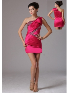Hot Pink One Shoulder Beaded Decorate and Ruch Homecoming Dress Mini-length