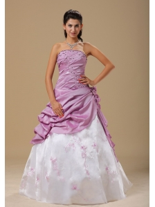 Embroidery Ruched and Hand Made Flowers For Dama Dresses for Quinceanera In Frankfort Custom Made
