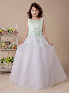Apple Green And White Scoop Hand Made Flowers 2013 Wedding Party Hottest Flower Girl Dress With Organza