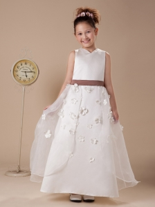 Appliques A-line V-neck Organza Wedding Party  Flower Girl Dress For 2013 Custom Made Hottest