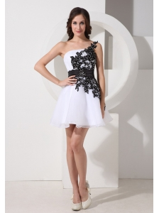 Appliques Decorate Bodice One Shoulder Mini-length Organza 2013 Prom / Homecoming Dress