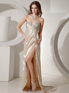 Champagne Sweetheart Beaded High-slit Evening / Prom Dress With Brush Train