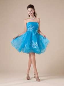 Aqua Blue Cute Strapless Princess Prom Dress  With Embroidery Decorate
