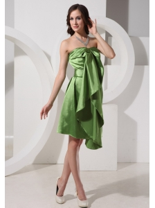 Olive Green Knee-length Dama Dresses For Quinceanera Custom Made
