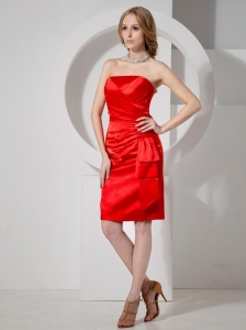 Red Column Strapless Knee-length Satin Ruch Decorate Bridesmaid Dress