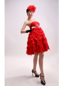 Beading A-Line / Princess Chiffon Red Strapless Knee-length Prom Dress