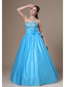Beading and Bowknot Decorate Bodice A-line Tulle and Taffeta Prom / Evening Dress For 2013