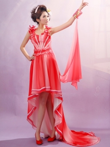 Red Straps Applqiues Decorate Bust Prom Dress With Chiffon For Party