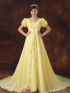 Yellow Square Short Sleeves Flowers Decorate Prom Dress