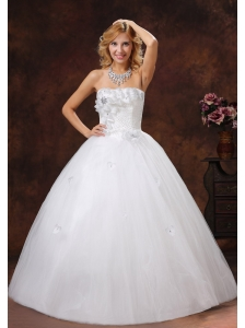 Hand Made Flowers and Beading Decorate Bodice Ball Gown Wedding Dress For 2013