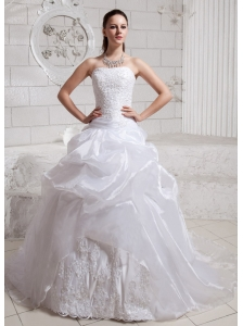 2013 Ball Gown Appliques and Lace Wedding Dress For Custom Made