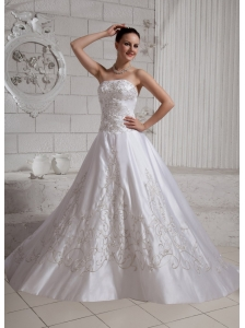2013 Embroidery A-line Wedding Dress With Chapel Train Taffeta
