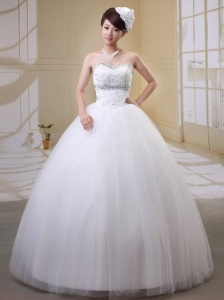 2013 Rhinestones Decorate Bodice Wedding Gowns With Sweetheart Tulle