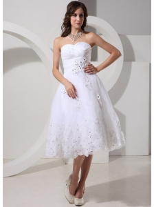 A-line Sweetheart Appliques Decorate Wedding Dress With Ruch For Wedding Party