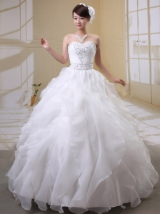 Beaded Decorate Bust Wedding Gowns With Sweetheart Organza Ruffled Layeres
