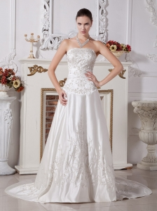 Custom Made A-line Embroidery Wedding Gowns With Satin