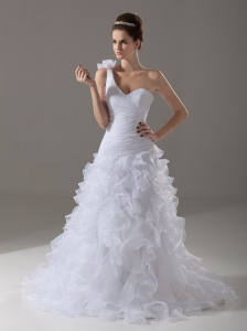One Shoulder Brush / Sweep Ruffles Organza Garden / Outdoor Wedding Dress A-Line