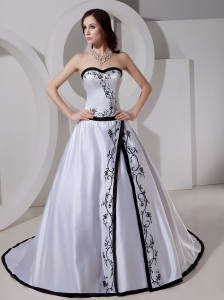 Sweetheart A-line Embroidery Taffeta Dropped Classical Custom Made Wedding Dress