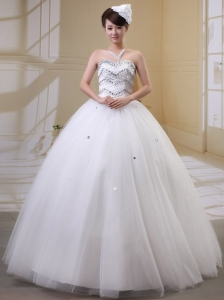 Wholesale Rhinestones Decorate Bust Wedding Gowns With Sweetheart Tulle