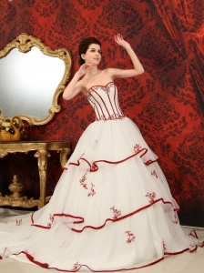 Appliques A-Line / Princess Chapel Train Sweetheart Organza 2013 Wedding Dress
