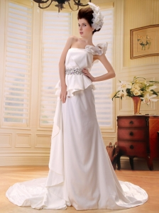 Gorgeous Beaded Decorate Waist One Shoulder Wedding Dress With Chapel Train Clasp Handle