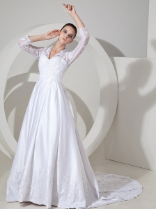 Lace Decorate Bodice A-line Satin V-neck Court Train 3/4 Sleeves 2013 Wedding Dress
