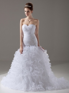 Luxurious Mermaid / Trumpet Beading Sweetheart Organza Court Train Wedding Dress