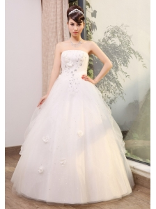 Beading and Hand Made Flowers Decorate Bodice Strapless Tulle Floor-length 2013 Wedding Dress