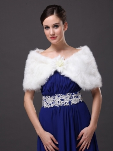 High Quality Faux Fur Special Occasion / Wedding Shawl  In Ivory With V-neck