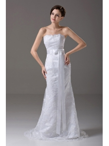 Stylish Strapless Column / Sheath Lace Wedding Dress Brush / Sweep Sashes / Ribbons