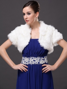 Faux Fur V-Neck Fashionable Wedding Short Sleeves Prom Jacket White