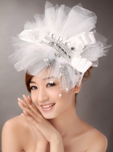 Beautiful Imitation Pearls Wedding and Outdoor Fascinators
