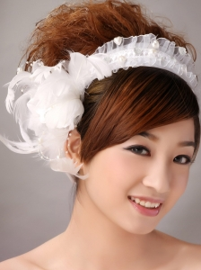 Imitation Pearls White Organza Women' s Fascinators