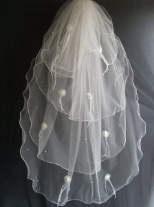 Hand Made Flowers and Beading Decorate Tulle Wedding Veils