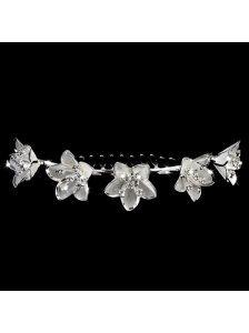 Delicate Tiara With Elegant Flowers