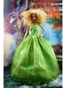 Green Pretty Dress With Embroidery Gown For Quinceanera Doll
