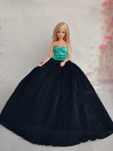 Elegant Black Sweetheart Lace Fashion Wedding Dress For Quinceanera Doll