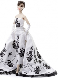Embroidery Wedding Dress To Fit the Barbie Doll With Brush Train