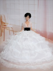 Exclusive Ball Gown White Wedding Clothes Quinceanera Doll Dress