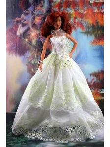 Lace And Hand Made Flowers To A-line Quinceanera Doll Dress