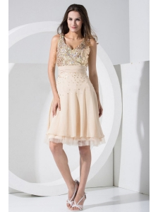 Champagne Prom / Cocktail Dress With Sequins Knee-length Chiffon V-neck