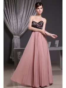 Pink Prom Dress With Sweetheart Laceand Pleat Decorate