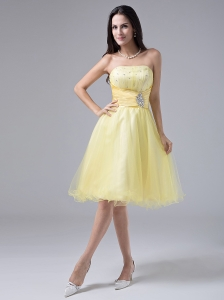2013 Light Yellow Sweet Prom Cocktial Dress With Beaded Decorate and Ruch Strapless Organza