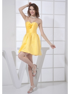 Hand Made Flower Decorate Bodice Sweetheart Neckline Mini-length A-line Yellow 2013 Bridesmaid Dress