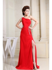 Red One Shoulder Prom / Evening Dress With Brush Train Appliques and High Slit
