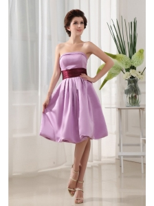 Sashes/Ribbons Simple Lavender Taffeta Knee-length Strapless A-Line Bridemaid Dress