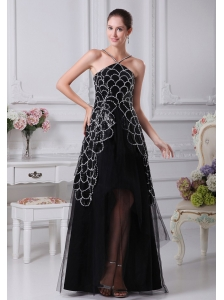 V-neck Black Beaded Decorate Shoulder Tulle Mother Of The Bride Dress