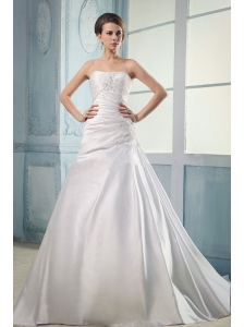 2013 Elegant Wedding Dress With Appliques and Ruching Court Train A-line