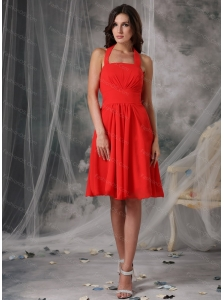 Cheap Red Empire Halter Ruched Dama Dress For Summer